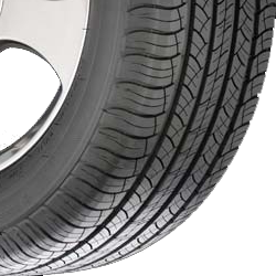 MICHELIN-LATITUDE-TOUR-HP-TIRE